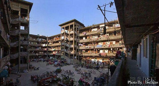 The famous Shanghai court yard (18 photos)