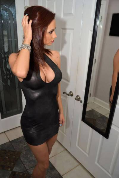 Tight Dresses Hug These Figures in All the Right Places