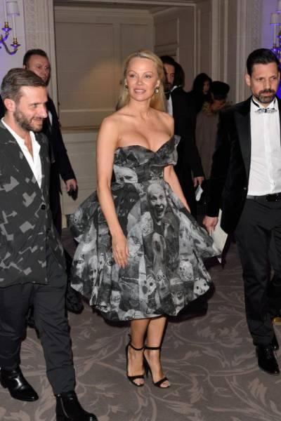Pamela Anderson Is Back Under The Spotlight! Kind Of…