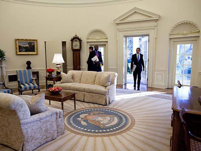 That's How American Presidents Move Into Their New (White) House