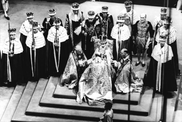 Amazing Historic Photos To Celebrate Each Year Of Queen Elizabeth's Rule