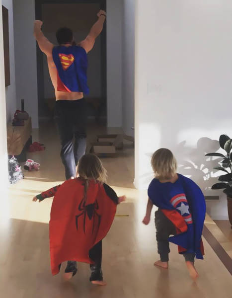 Chris Hemsworth Is Rightfully Among The Best Dads Out There