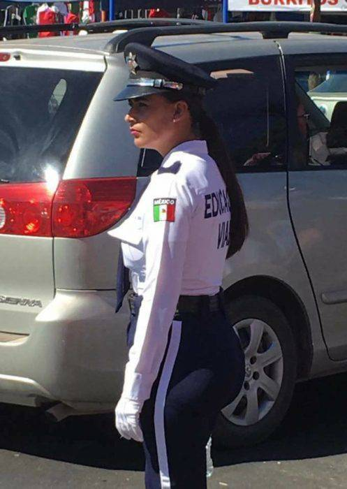 Wow, This Mexican Policewoman Could Engage In Some Very HOT Pursuits