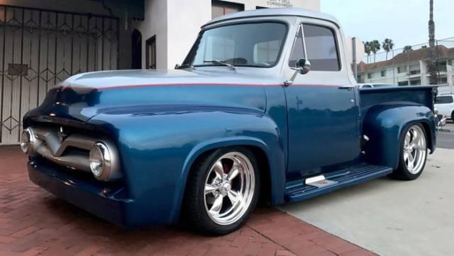 The Pinnacle Of Vintage Motors Is Right Here!