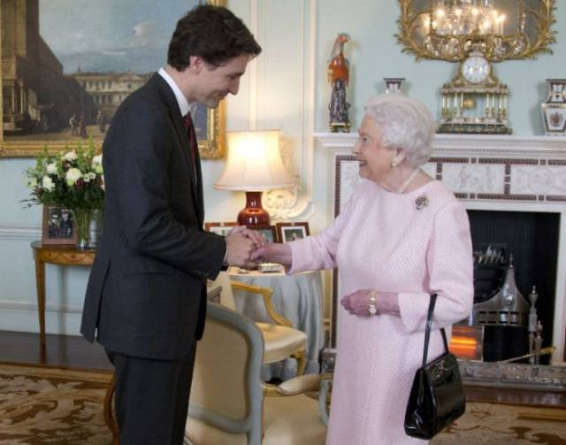 You Just Can't Resist Loving This Adorable Guy – Justin Trudeau