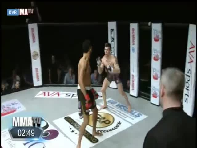 One Doesn't Simply Show Off In An MMA Fight