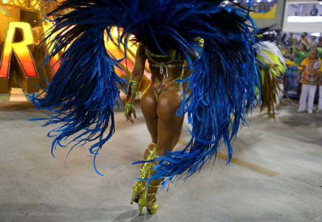 Rio De Janeiro Carnival Is As HOT As It Always Is!