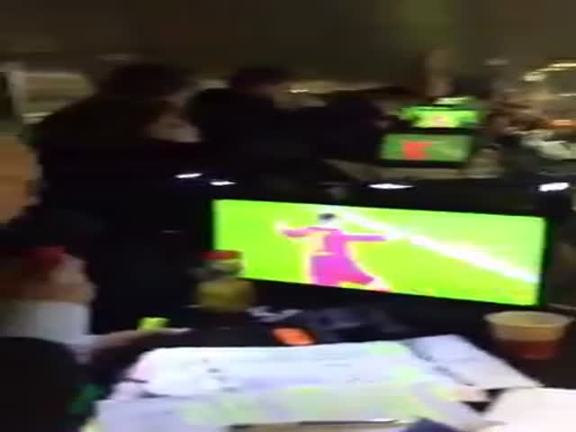 Football Commentators Going Wild After Barcelona Wins Over PSG 6-1
