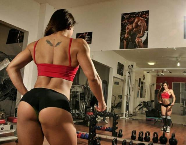 These Girls Will Become Men Soon If They Won't Quit That Gym-Ratting