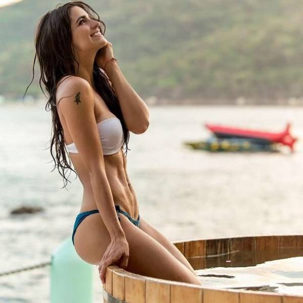 The Curves Of These Sporty Girls Will Stun You
