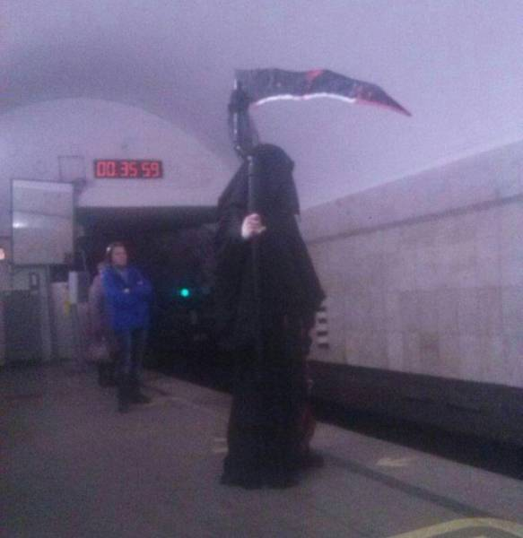 No Idea What's Weirder – Russian Underground Or Above-Ground