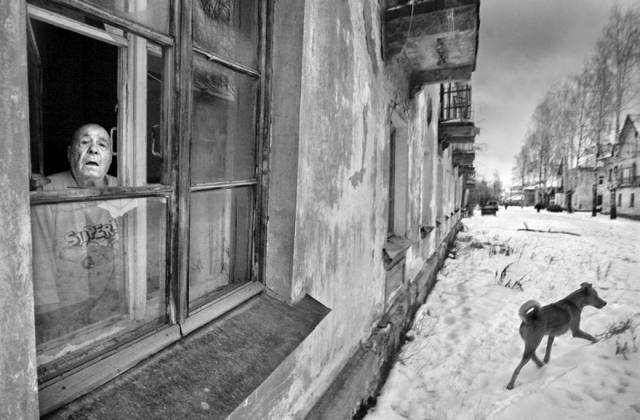 Brutal Honesty About Russian Everyday Life Depicted By Russian Street Photographer Alexander Petrosyan
