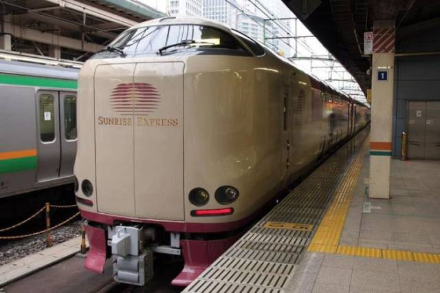 Sunrise Express – The Game Changer In Railway Traveling Coming From Japan