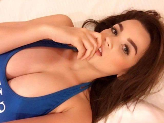 Girls With Beautiful Tits Are A Mouthwatering Sight