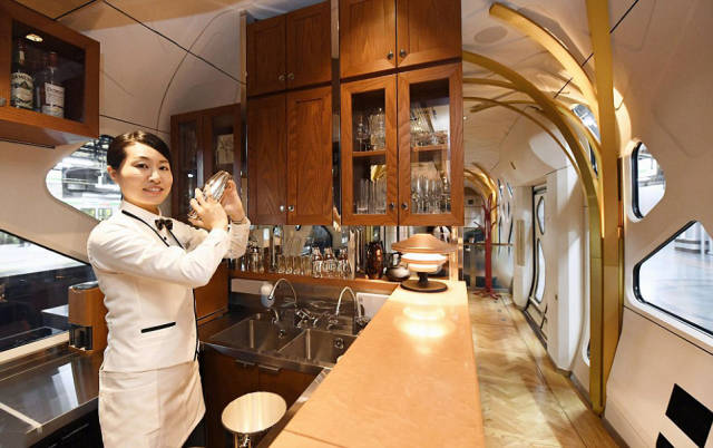 This Is How Japan's Most Luxurious Train Looks Like