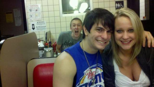 It Takes A Lot Of Skill To Photobomb That Masterfully