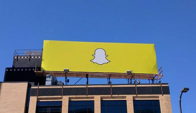 Who Is Designing Such Billboards In The First Place?!