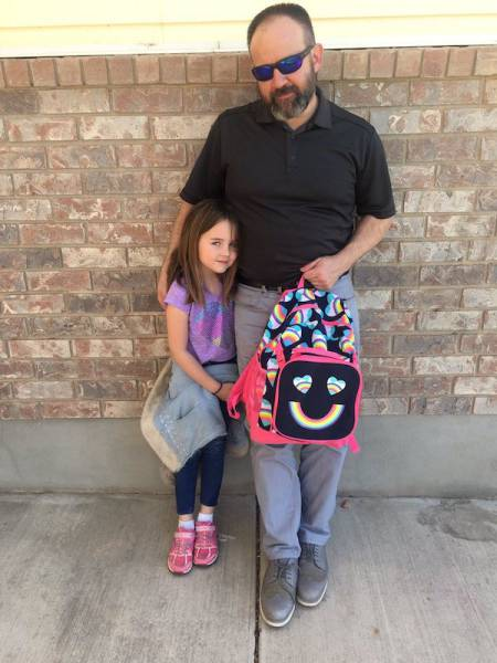The Dad Who Cares About His Daughter More Than He Does About His Dignity
