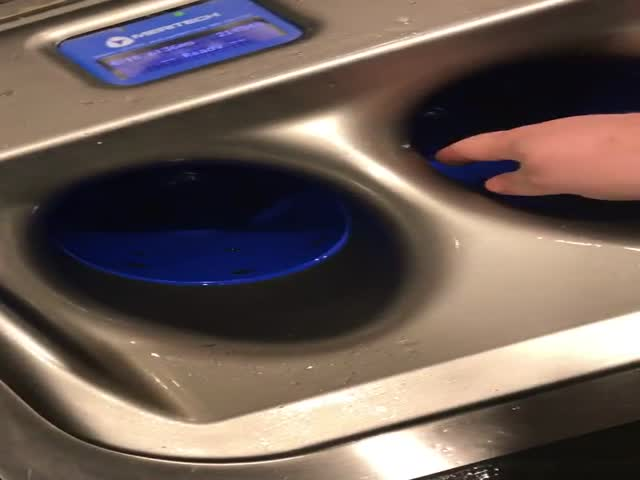 This Is How Hi-Tech Handwashing Looks Like
