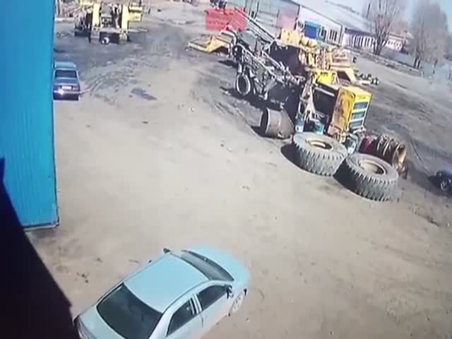Even BelAZ's Tires Are Capable Of Destroying Everything!
