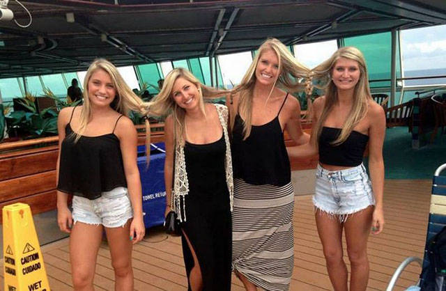 Blondes Look Like Some Weird Different Species