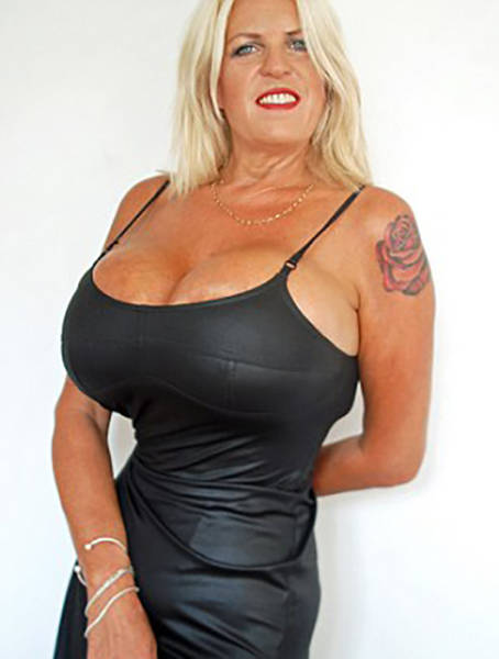 The Owner Of Britain's Biggest Boobs Can't Stop Enlarging Her Breasts After Her Divorce