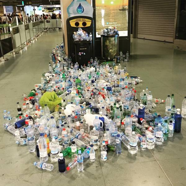 Ibiza's Airport Is Full Of Trash Now
