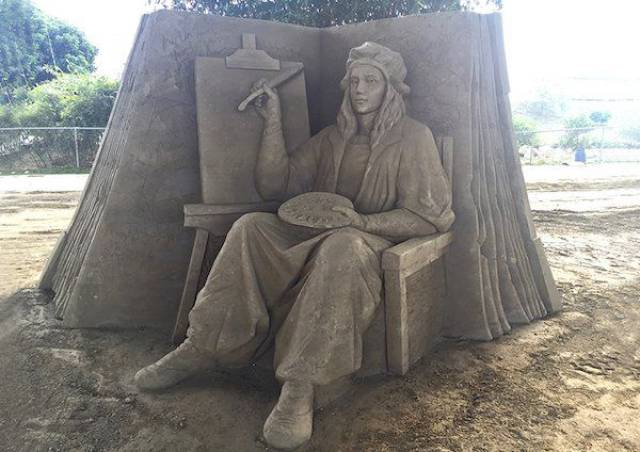 How Is It Even Possible To Make Such Things Out Of Sand?!