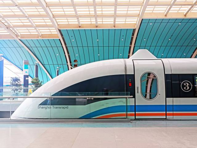 Are China's Bullet Trains The Game Changers In The World Of High Speed Traveling?