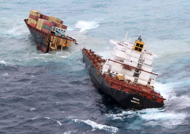 Shipwrecks Are No Joke, Especially When You Are In The Middle Of The Ocean