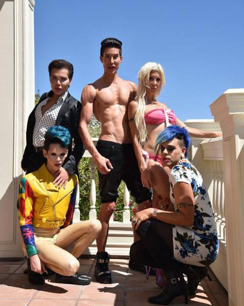 Participantes de la serie de gente de Plásticos de Hollywood