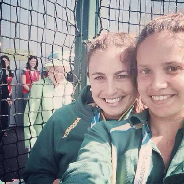 Celebrities Are True Professionals When It Comes To Photobombing