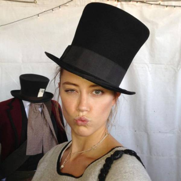 You Just Can't Help But Love Amber Heard!