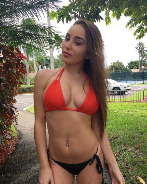 These Girls Are Ready To Drive You Mad With Their Bikinis