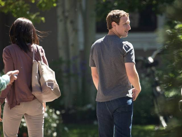Take A Sneak Peek Into The Life Of The Facebook Creator – Mark Zuckerberg