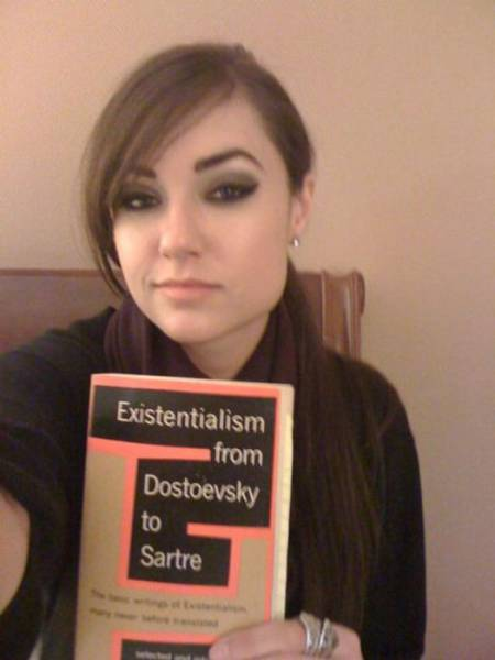 Sasha Grey Still Looks F#cking Fantastic!