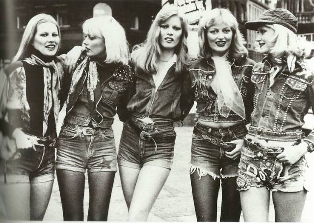 Our Dads Knew Who To Love Cause These Babes From 70s Are Extremely Hot!