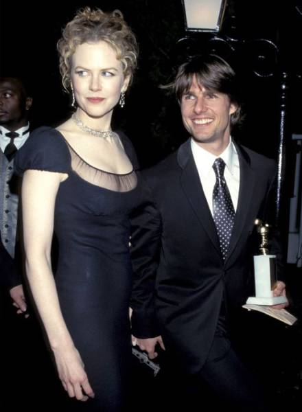 Twenty Years Ago Golden Globe Ceremonies Were So Different