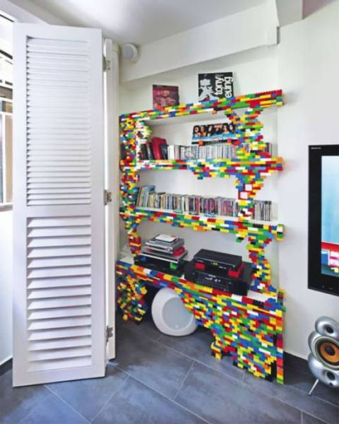With Legos You Can Assemble Almost Everything!