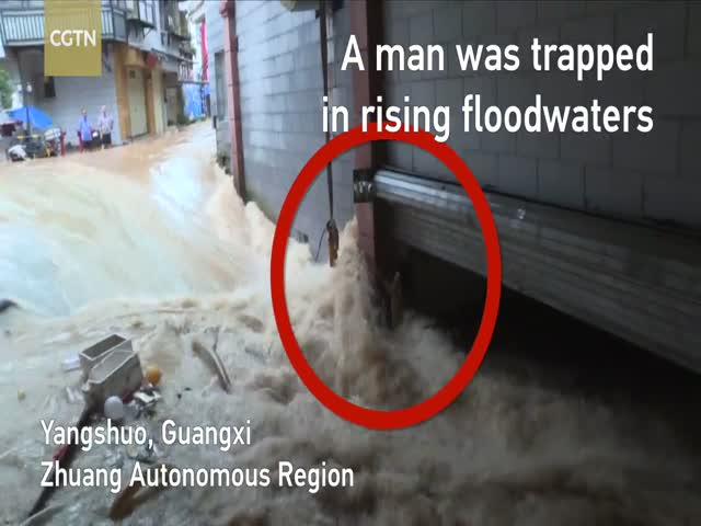 This Man Got Stuck In A Flooded Underground Parking In China But Was Saved Just In Time