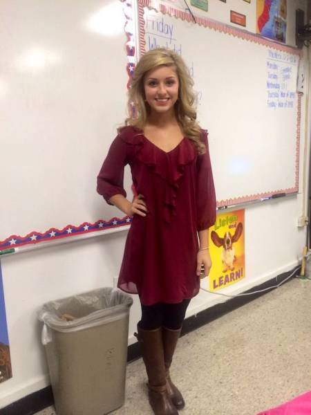 These Teachers Could Teach You Some Naughty Things 30 Pics  5 Gifs - Picture 1 -4490