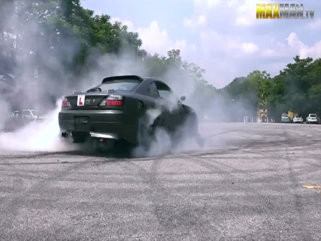 These Driving Instructors Didn't Expect Such A Talented Student On Their First Day At Work!