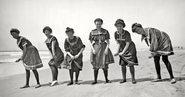 There's Nothing Similar Between Swimsuits 200 Years Ago And Now!