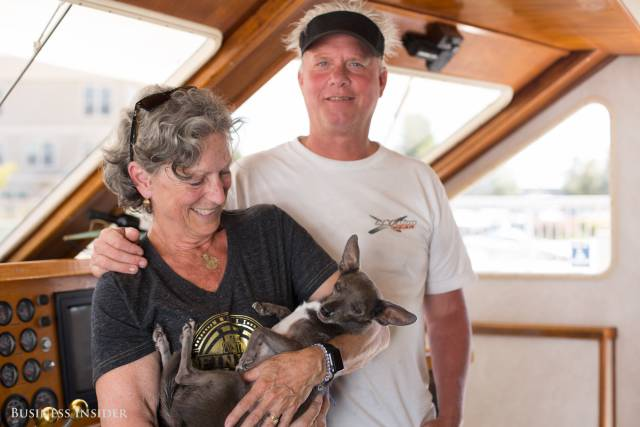 Instead Of Buying A Super-Expensive House In San Francisco, This Couple Lives There On A Boat Instead!