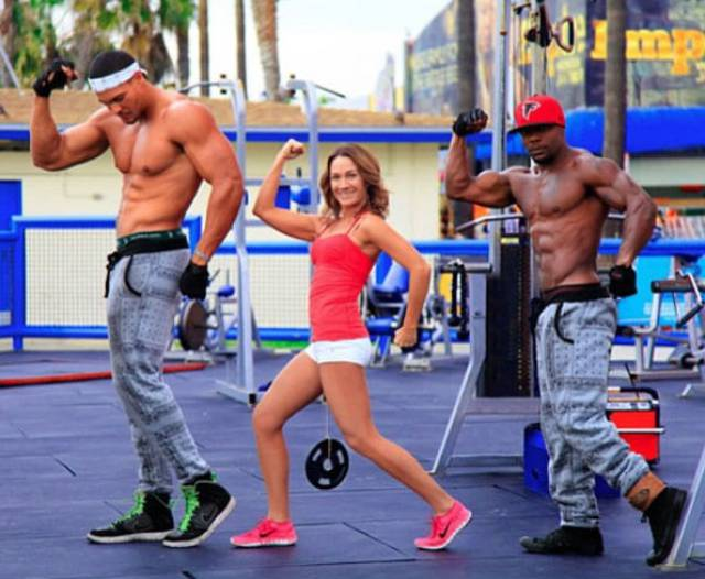 This Woman's Weightlifting Possibilities Include Some Very Interesting Options!