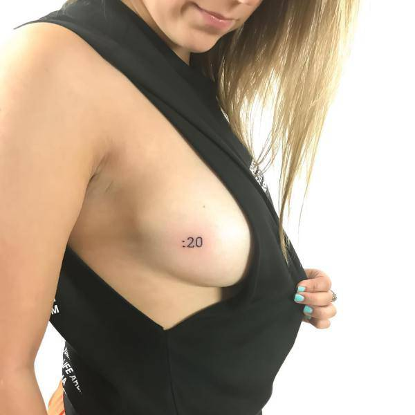 Sideboobs Prove That Boobs Are Beautiful In Every Way Possible!