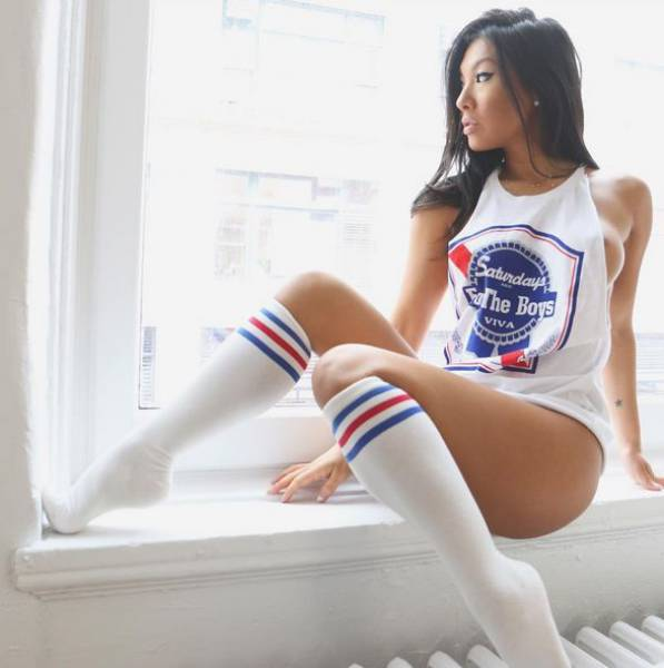 Asa Akira Was And Is Popular – Now Her Sex Doll Is Popular As Well
