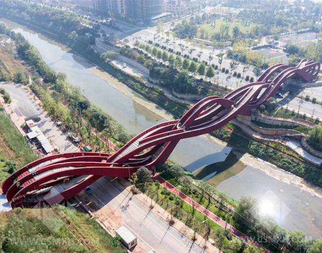 Weirdest Bridge Designs In The World 21 Pics Izismilecom
