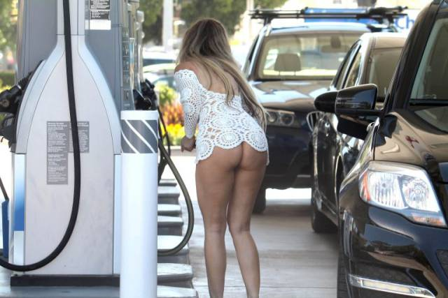 Ana Braga Pumps Gas And People Lose Their Mind