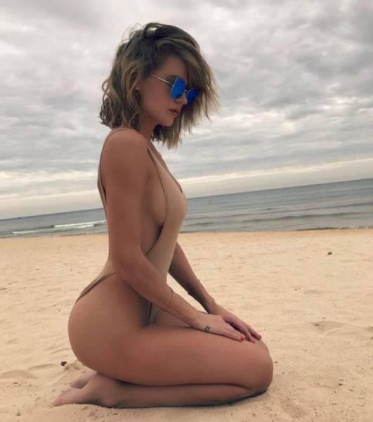 Miss Bumbum Spills Over From Brazil